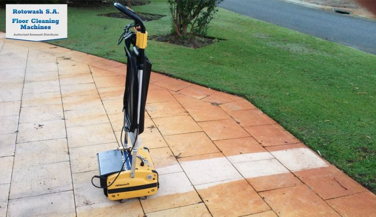 rotowash cleans pavers